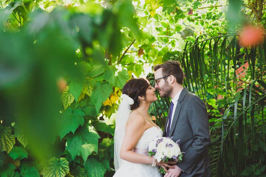 Dan_Nallaly_Wedding_CafeDuNord_SunnySideConservatory_SanFrancisco_LetlovePhotography-15
