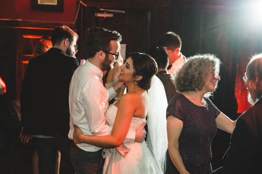 Dan_Nallaly_Wedding_CafeDuNord_SunnySideConservatory_SanFrancisco_LetlovePhotography-21
